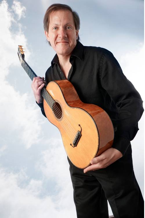 David Rogers, solo guitarist and composer